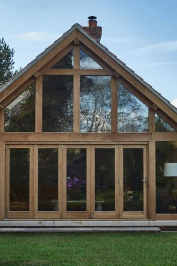 Why An Oak Framed Conservatory Could Be A Wise Investment!